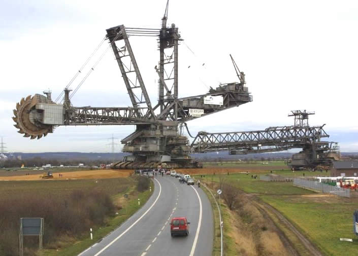 the largest machine in the world